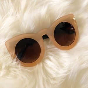 Accessories - Peach Sunnies -Beverly Hills Feels Coco Cherice